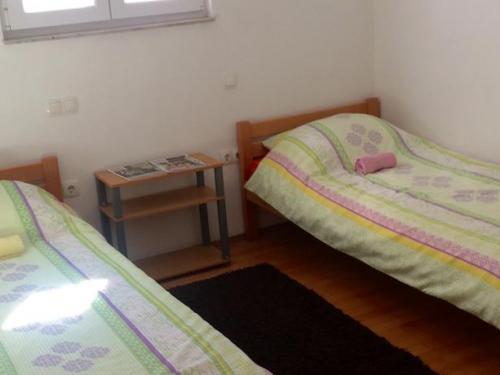 Doppel-Zweibettzimmer mit eigener Terrasse